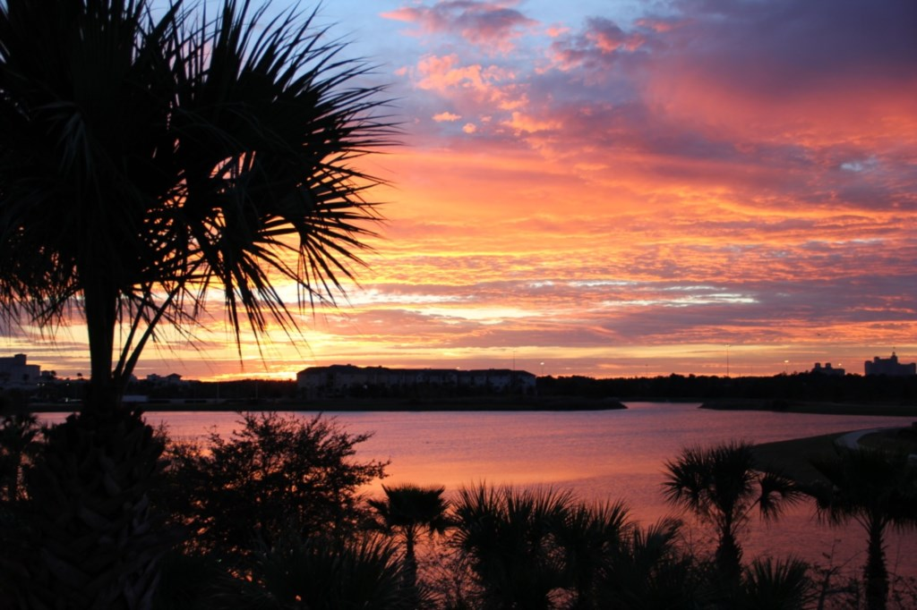 n sunrise Lake Cay.jpg