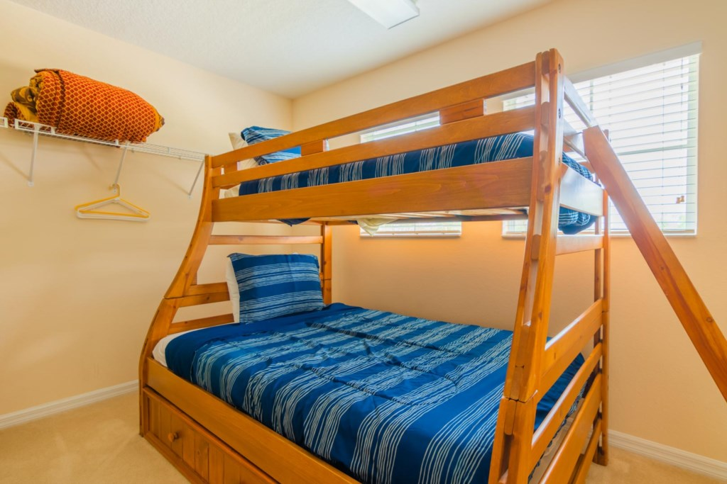 Walt's Magical West Haven Villa - Master Bedroom 1 Walk-In Closet w/ Full & Twin Bunk Bed (2)