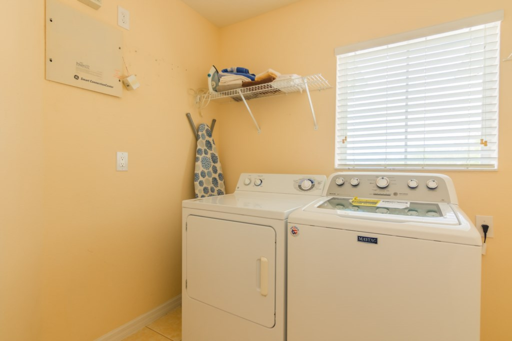 Walt's Magical West Haven Villa - Laundry Room