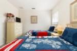 20_Twin_Bedroom_0921.jpg