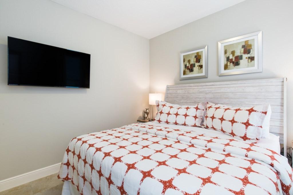 26_Bedroom_with_TV_0721.jpg
