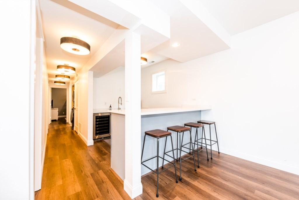 Cozy Up To Bar/Kitchenette (Ground Floor)