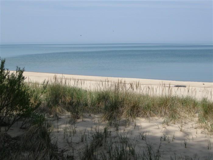 Sandy beaches just steps away!