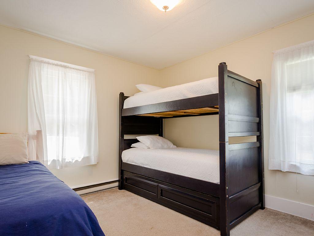 Bedroom #2 (4 twins)