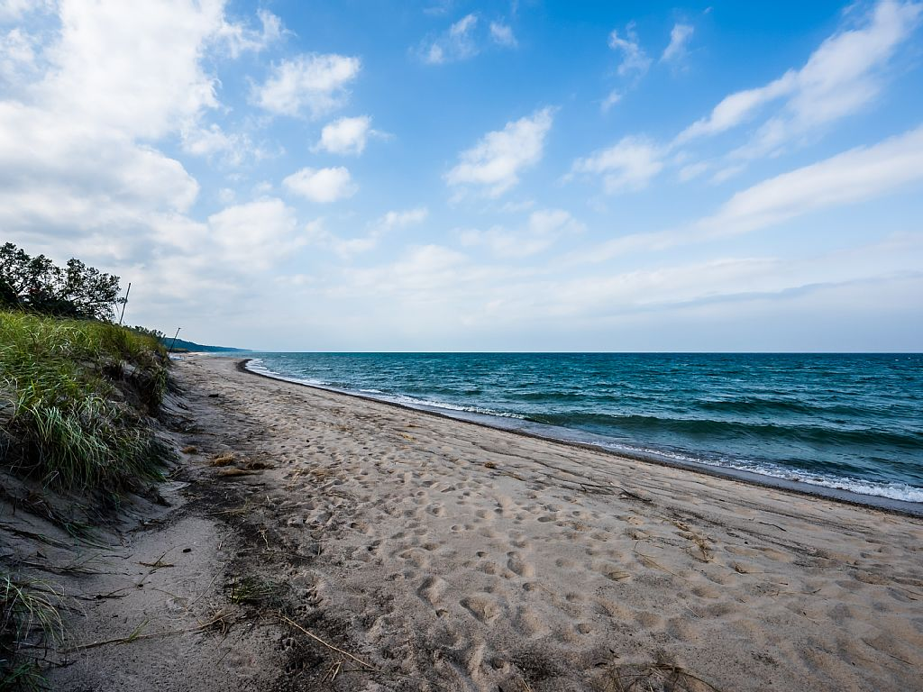 100 feet of private beach frontage!