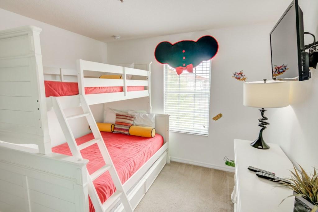 Aladdin - Bedroom 2 (1)