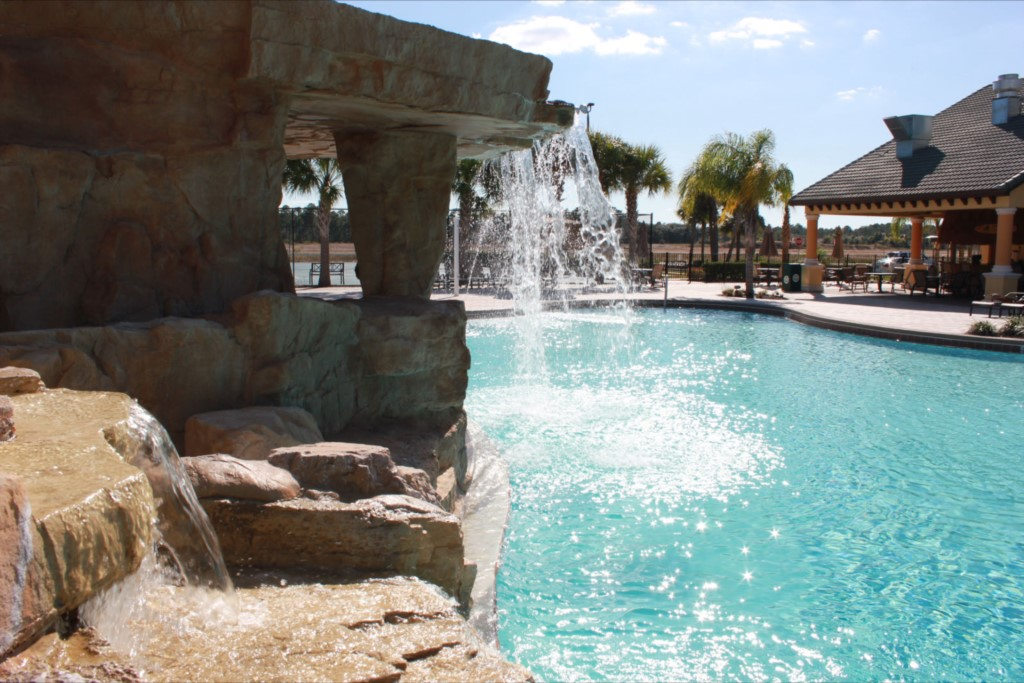 11_piscina_paradise