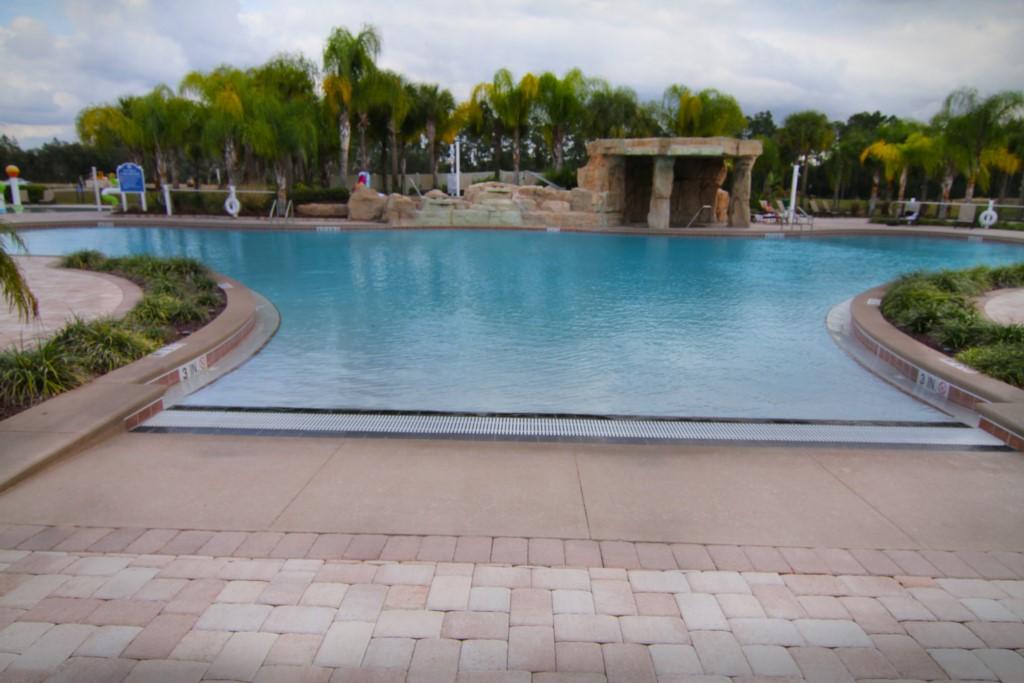 15__piscina_paradise