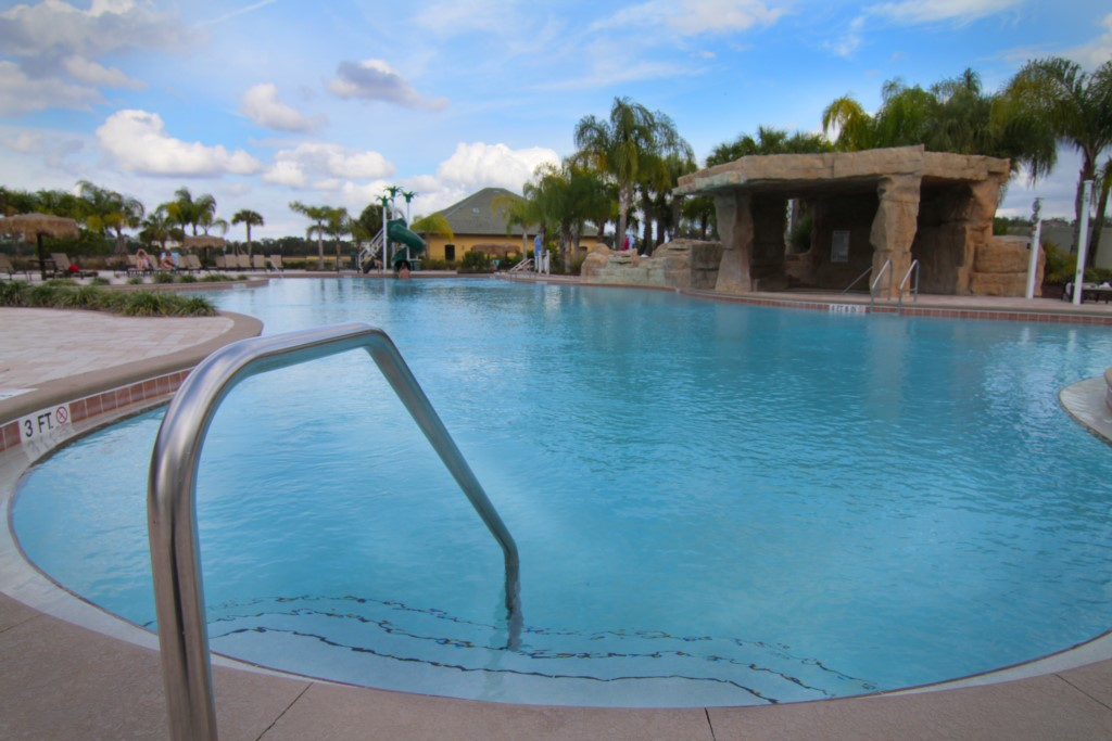 16__piscina_paradise