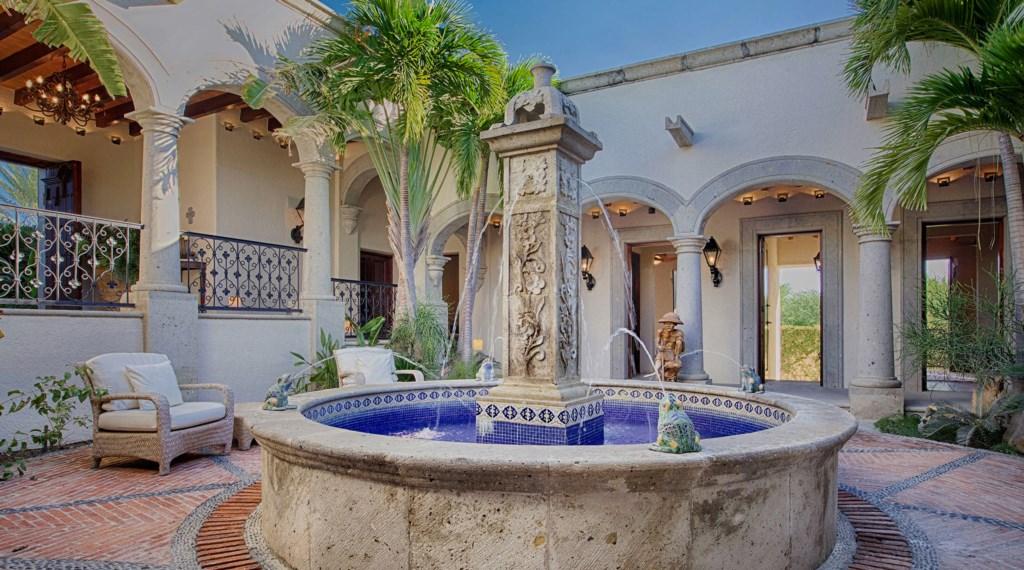 Casa-Brooks-Fountain.jpg