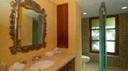 Casa-Brooks-Bathroom.jpg