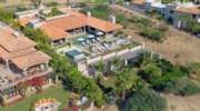 Casa-Brooks_01_Aerial.jpg