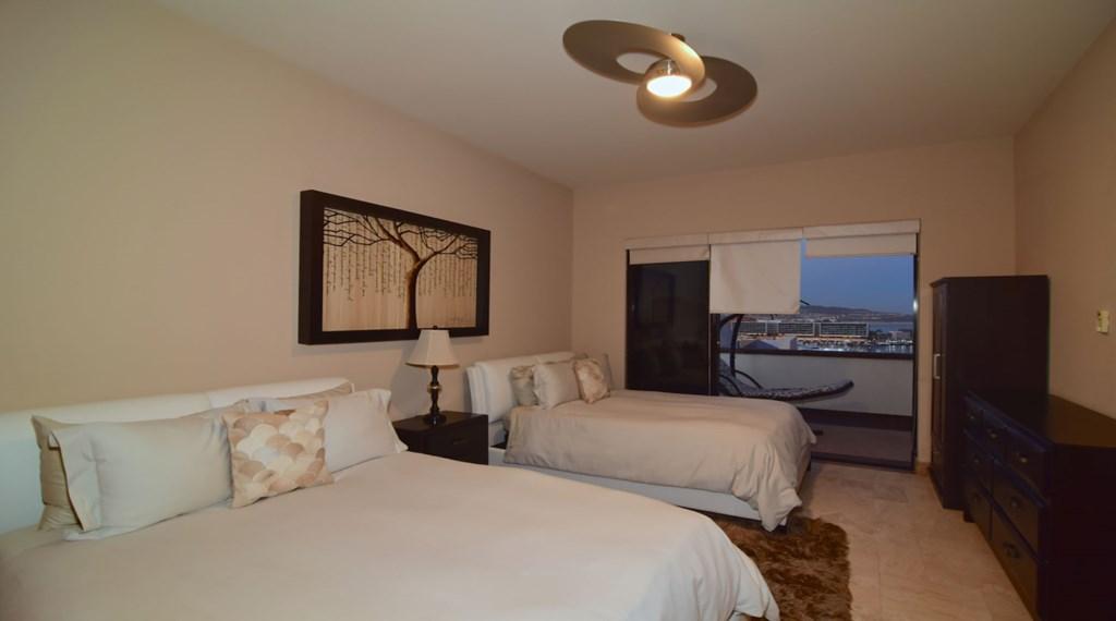 Villa-Vegas-Bedroom2.jpg