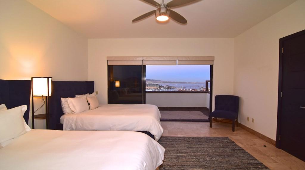 Villa-Vegas-Bedroom4.jpg