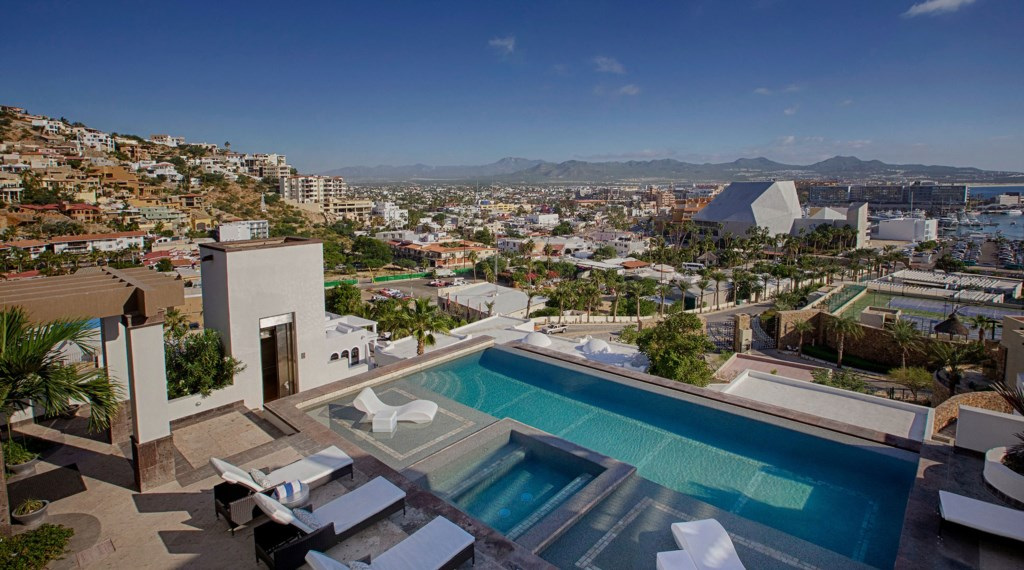 Villa-Vegas-Dave-Pool-Patio-Aerial.jpg