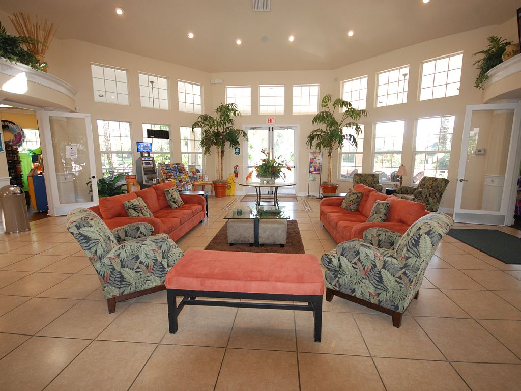 Windsor-Palms-Villas-resort-clubhouse-interior