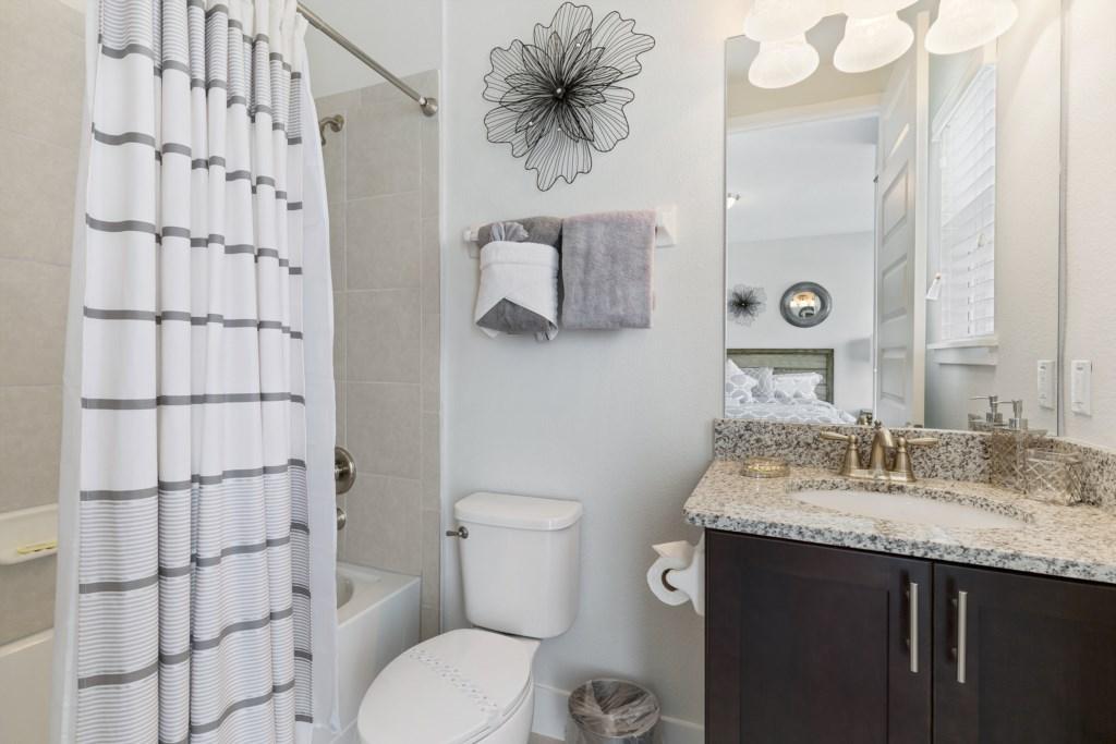 26_Bathroom_0721