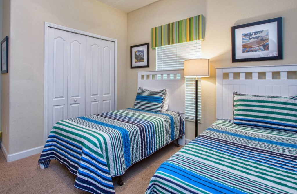 Bedroom 2(2).jpg