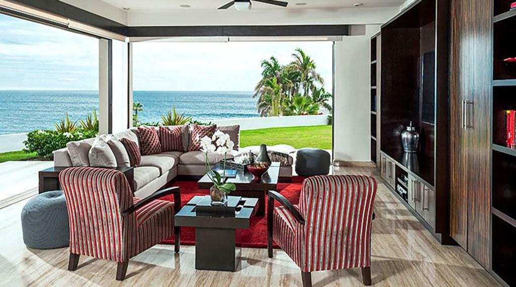 Villa-Renata-TV-SittingArea.jpg
