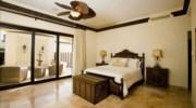Villa-De-La-Suenos-Bedroom3.jpg