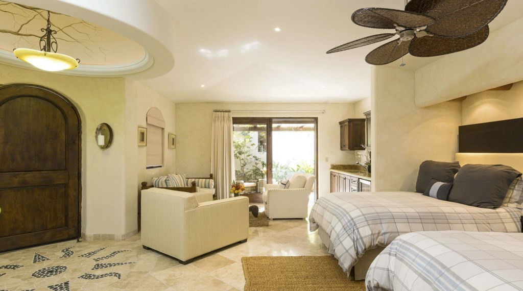 Casa-Costa-Bedroom3.jpg