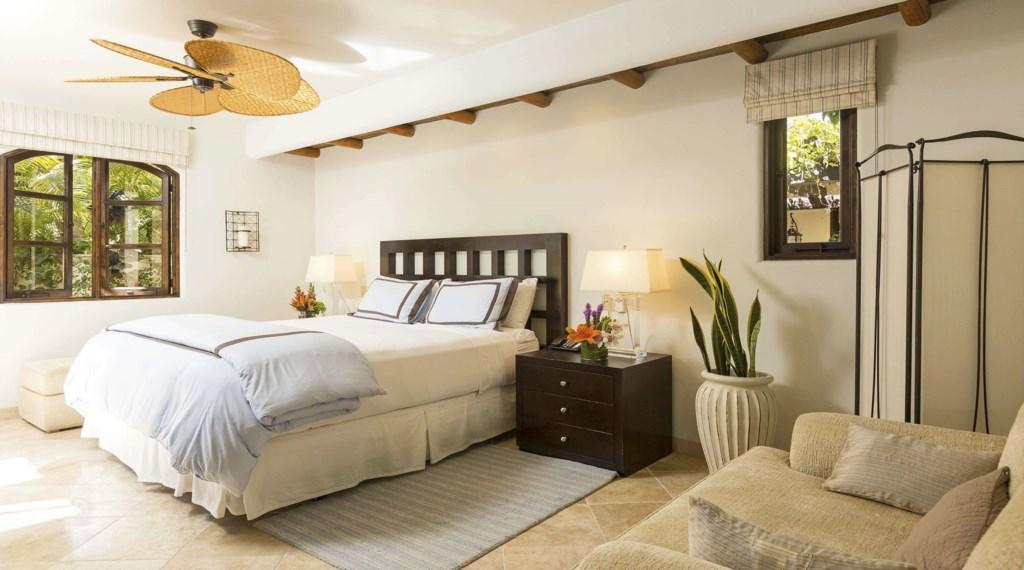 Casa-Costa-Bedroom4.jpg