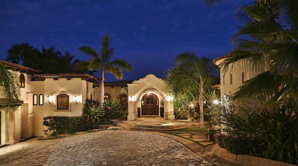 Casa-Costa-Entrance.jpg