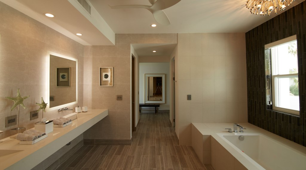 Villa-Lands-End-Bathroom.jpg