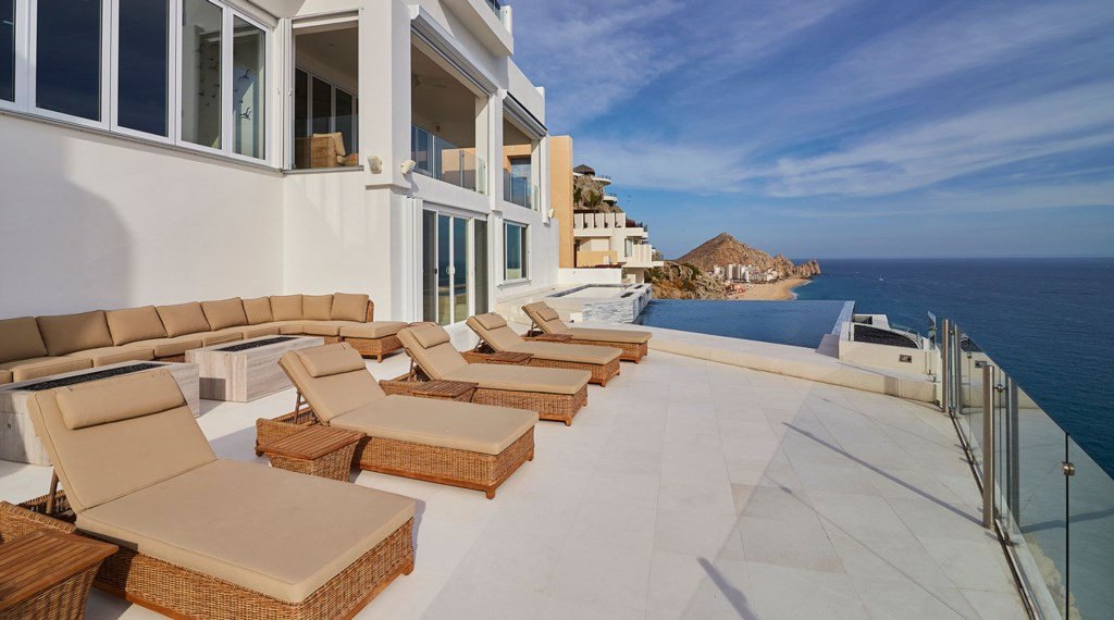 Villa-Lands-End-Pool-Patio.jpg