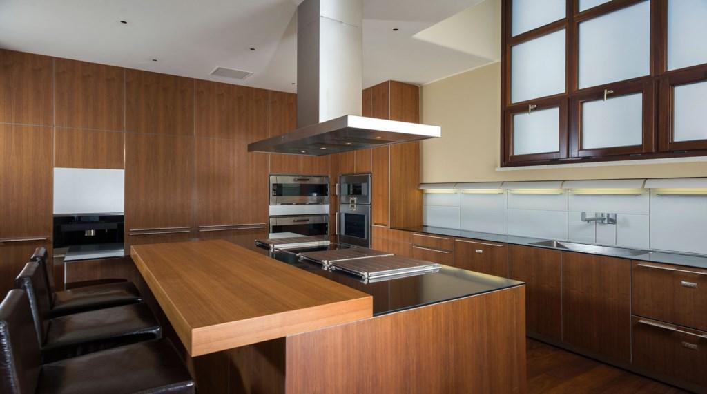 Casa-Fryzer-Kitchen.jpg