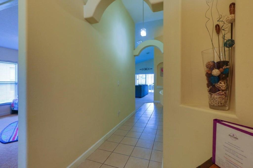 Hall (002).jpg