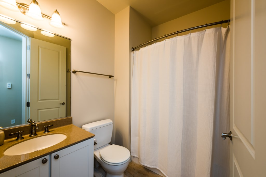 Second floor full bathroom