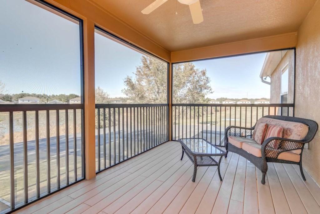 Paradise Villa - Paradise Villa - Master Bedroom Balcony (1)