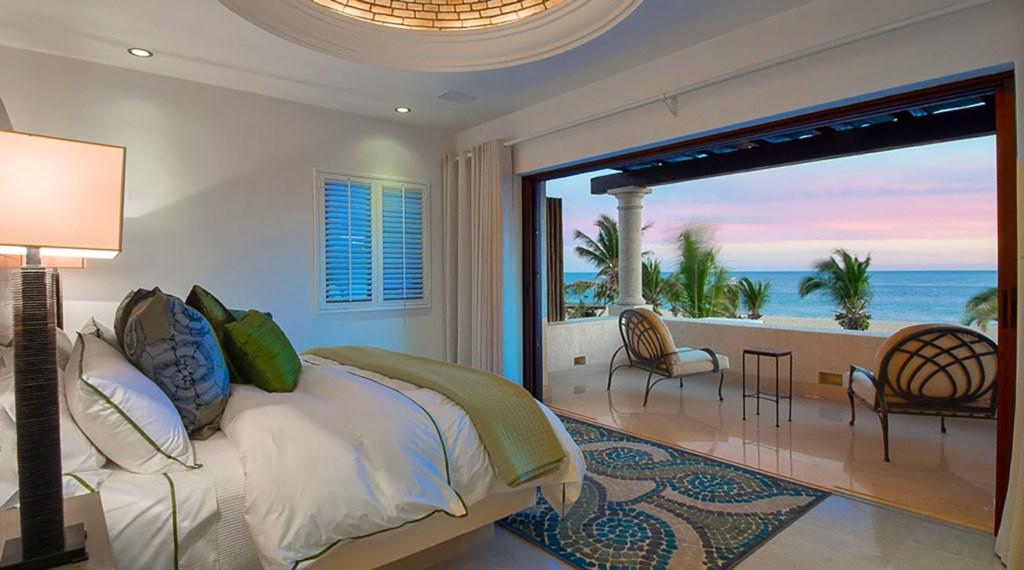 Villa-Pacifica-Bedroom2-2.jpg