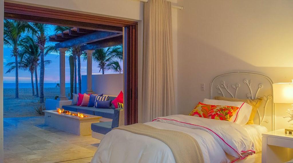 Villa-Pacifica-Bedroom4-2.jpg