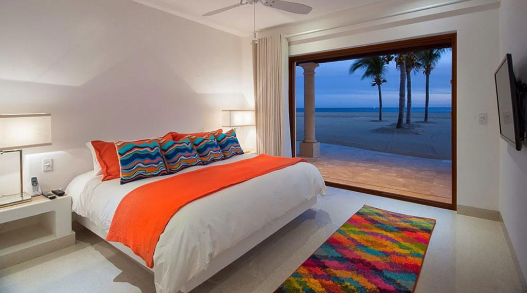 Villa-Pacifica-Bedroom5.jpg
