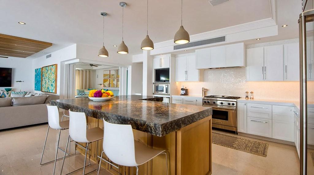 Villa-Pacifica-Kitchen.jpg