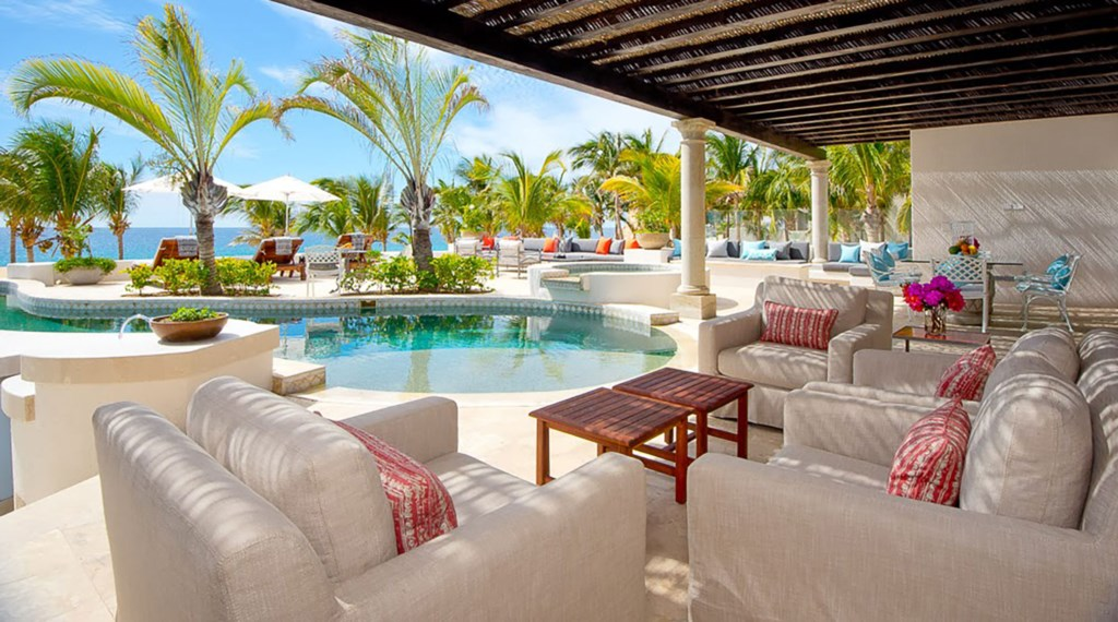 Villa-Pacifica-Outdoor-Seating2.jpg