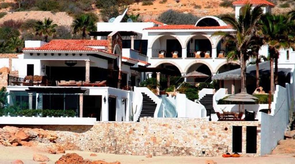 Casa-La-Laguna-BeachFront.jpg