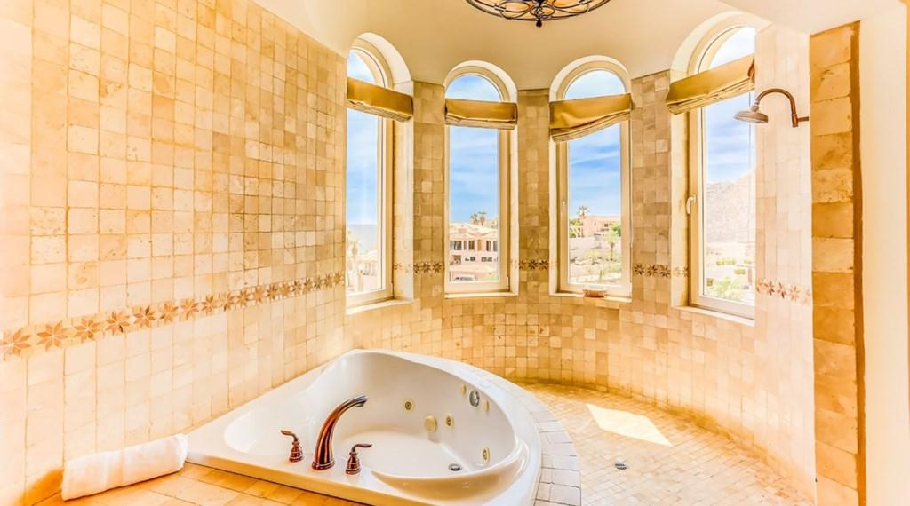 Casa-Esperanza-Bedroom1-Bath-2.jpg