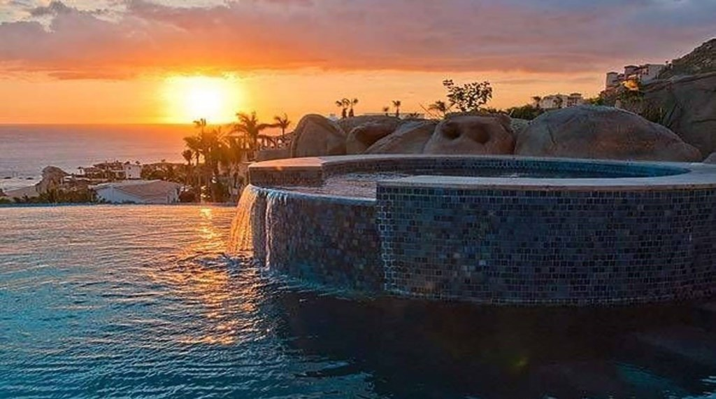 Casa-Esperanza-HotTub-Sunset.jpg