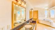 Casa-Esperanza-Bedroom1-Bath.jpg