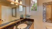 Casa-Esperanza-Guest-Bath.jpg