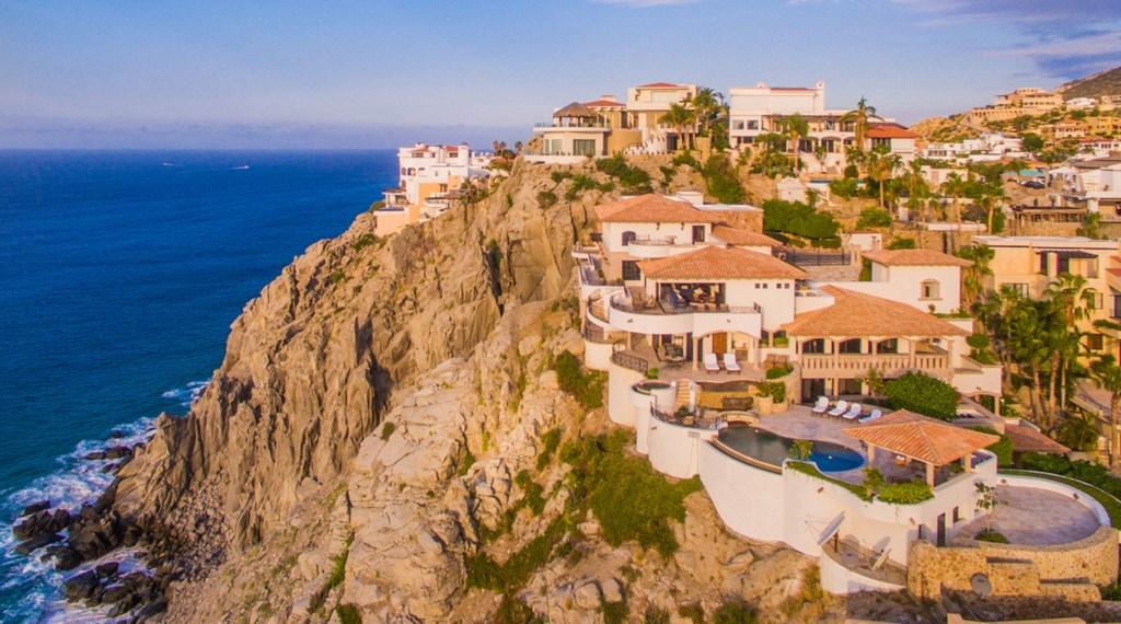 Villa-La-Roca-Aerial4.jpg