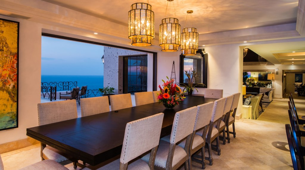 Villa-La-Roca-Dining3.jpg
