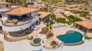 Villa-La-Roca-Pool-Veranda.jpg