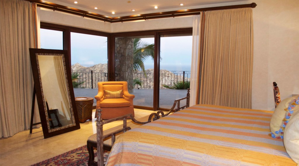 Casa-Cielo-Pedregal-Bedroom2.jpg