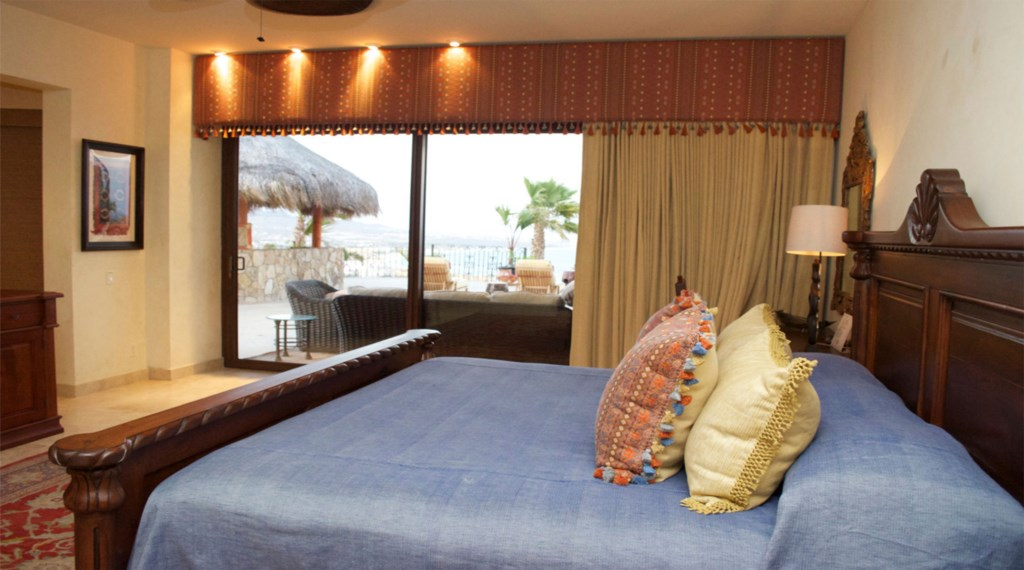 Casa-Cielo-Pedregal-Bedroom5.jpg