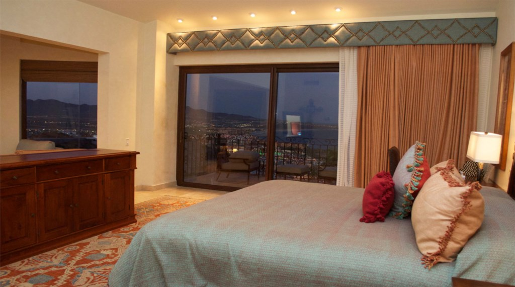 Casa-Cielo-Pedregal-Bedroom7.jpg
