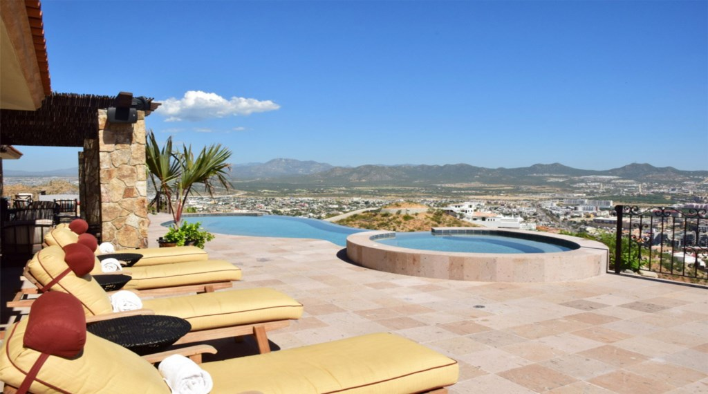 Casa-Cielo-Pedregal-Pool-Patio.jpg